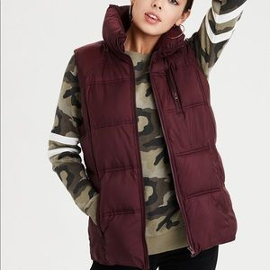 AEO Red Puffer Vest